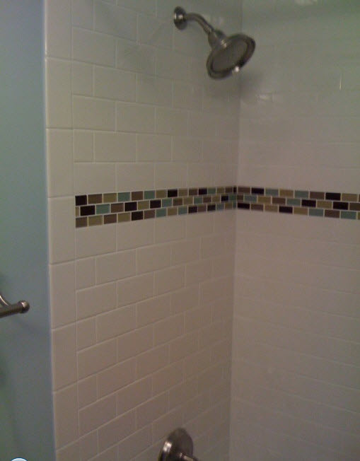plain_white_bathroom_wall_tiles_32
