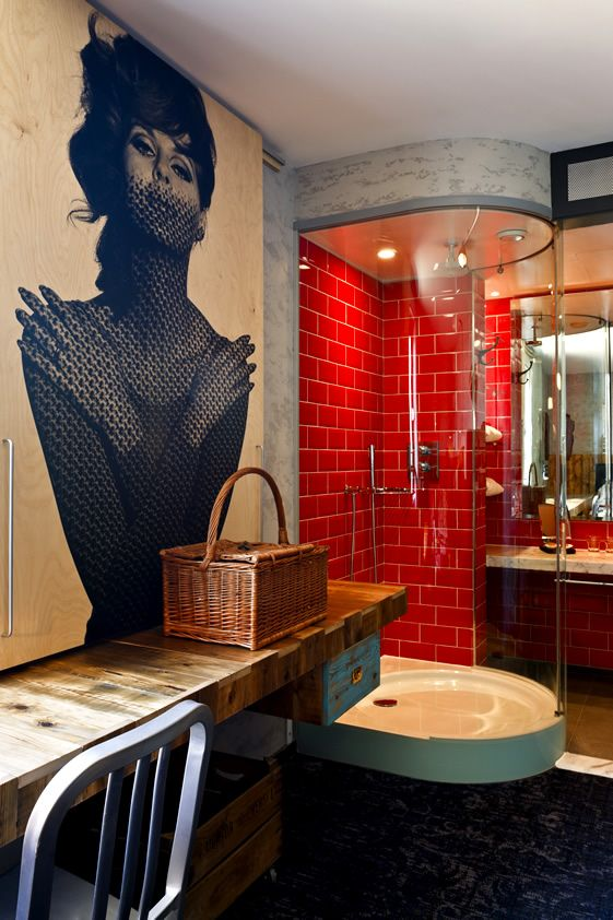 red_bathroom_tile_12