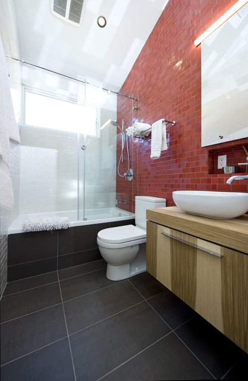 red_bathroom_tile_23