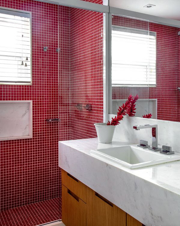 red_mosaic_bathroom_tiles_14