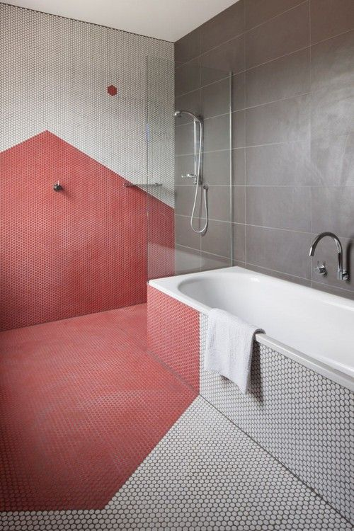 red_mosaic_bathroom_tiles_2