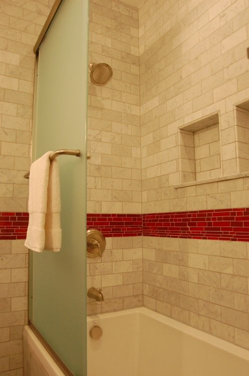 red_mosaic_bathroom_tiles_22