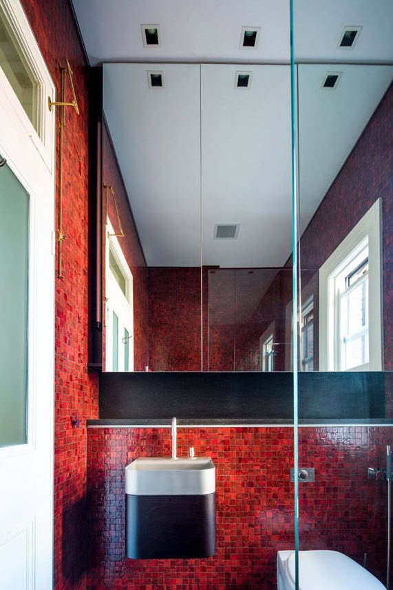 red_mosaic_bathroom_tiles_28