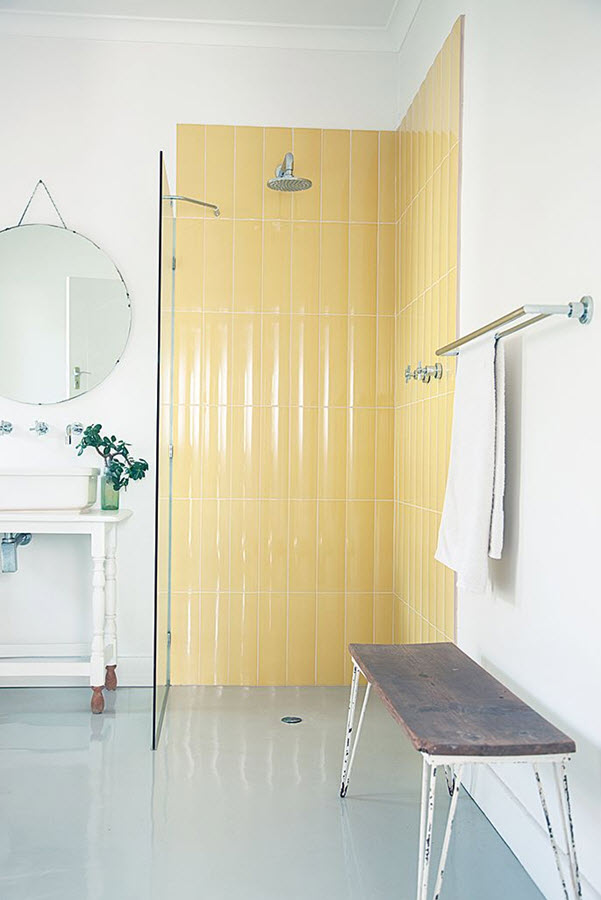 retro_yellow_bathroom_tile_23