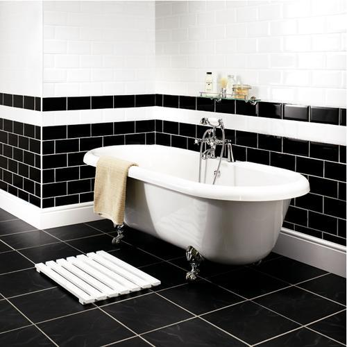 shiny_black_bathroom_tiles_32