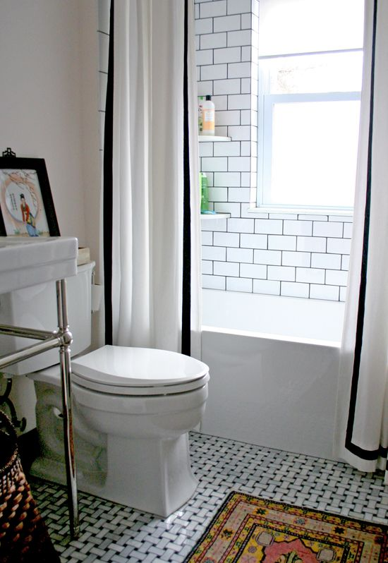 small_black_and_white_bathroom_floor_tiles_6