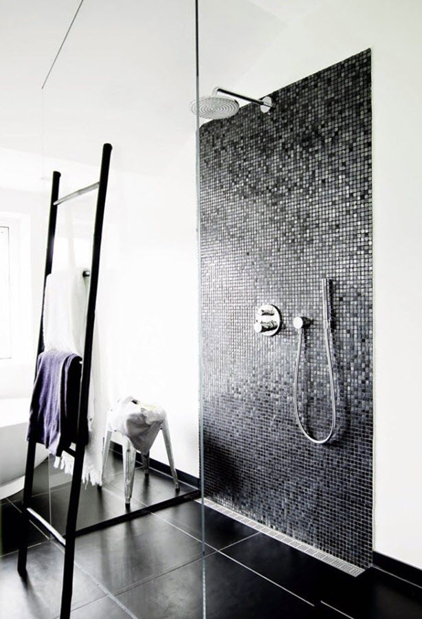 small_black_and_white_bathroom_tiles_26