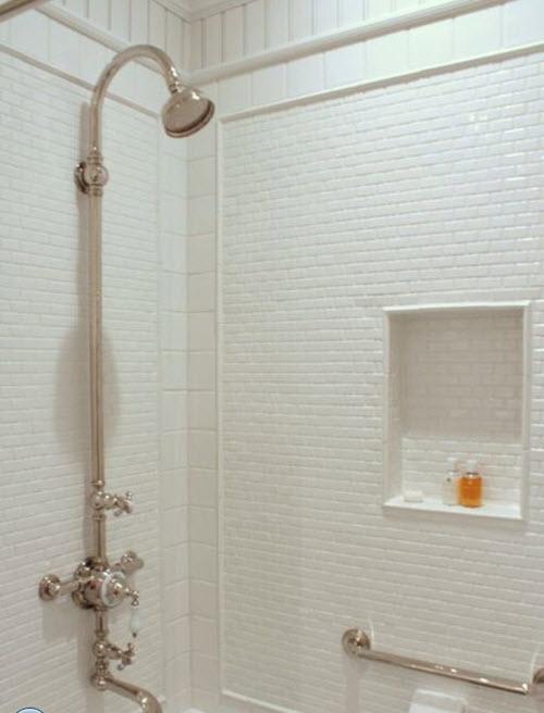 small_white_bathroom_tiles_29
