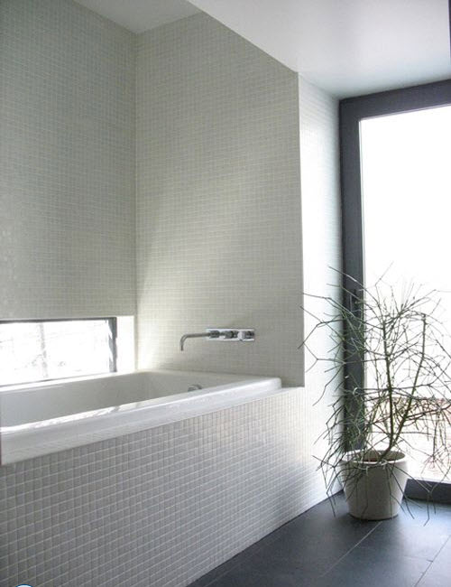 small_white_bathroom_tiles_37