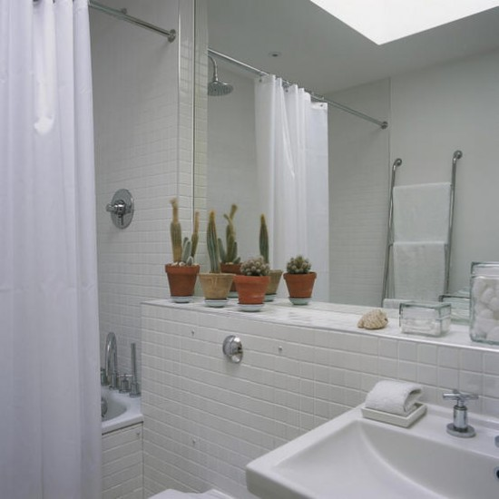 small_white_bathroom_tiles_7