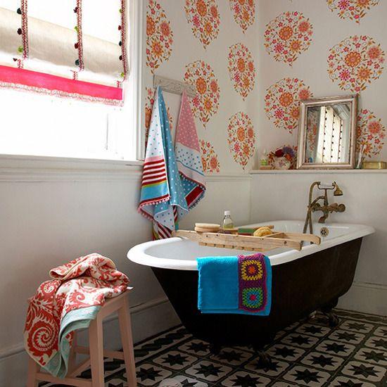 victorian_black_and_white_bathroom_floor_tiles_15
