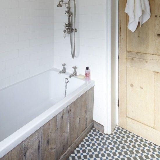 vintage_black_and_white_bathroom_tile_33
