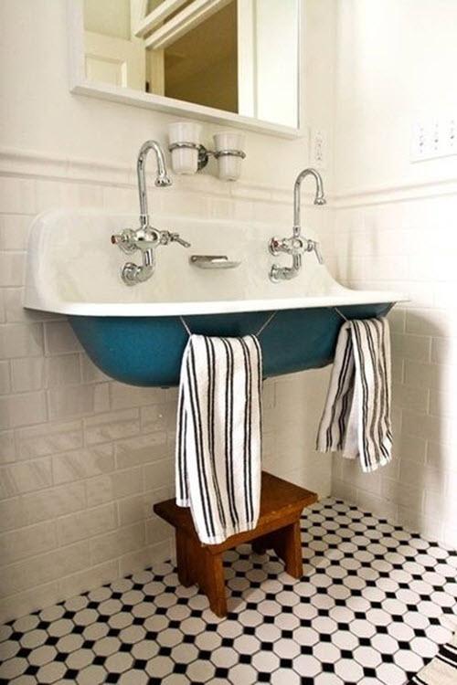 vintage_black_and_white_bathroom_tile_7