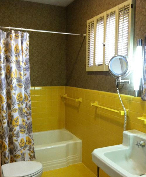 vintage_yellow_bathroom_tile_3