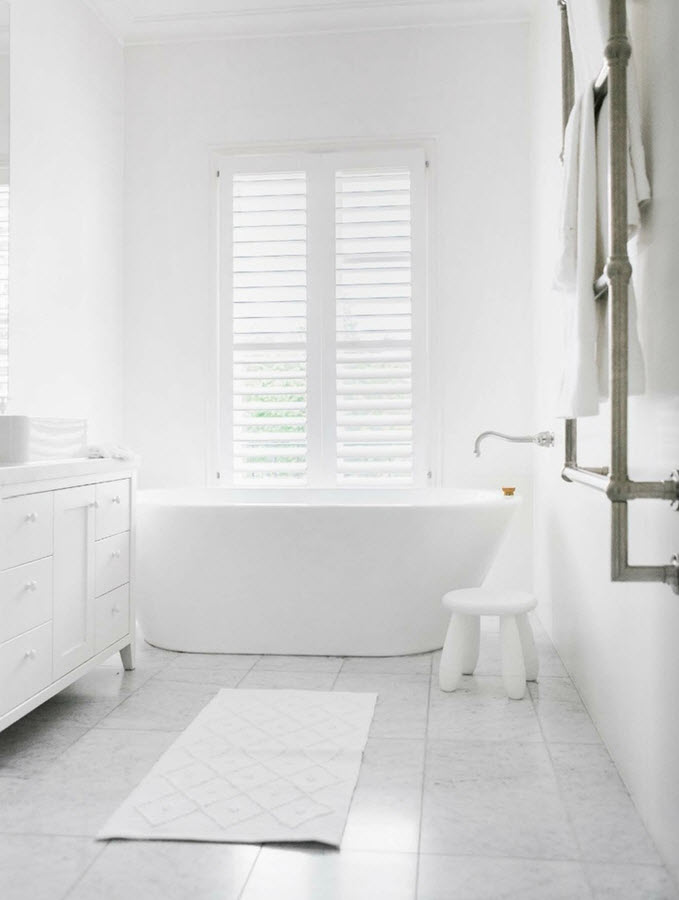 white_bathroom_tile_10