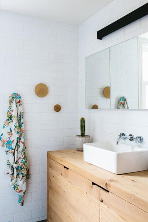 white_bathroom_tile_18