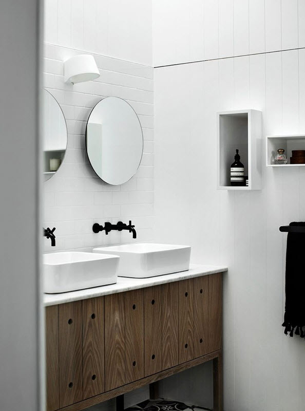white_bathroom_tile_19
