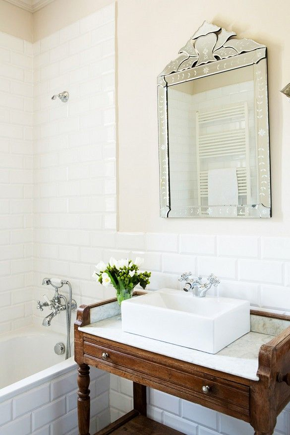 white_bathroom_tile_32