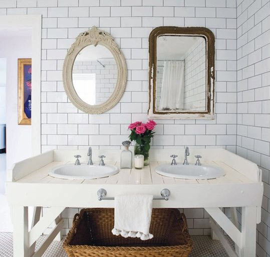 white_bathroom_tile_with_grey_grout_22