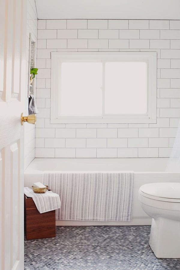 Simple White Marble Tile Bathroom  Beautiful Homes Design
