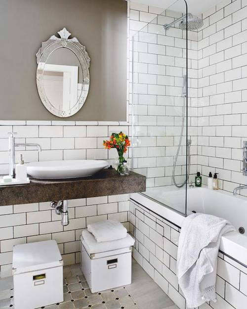 white_bathroom_tile_with_grey_grout_8