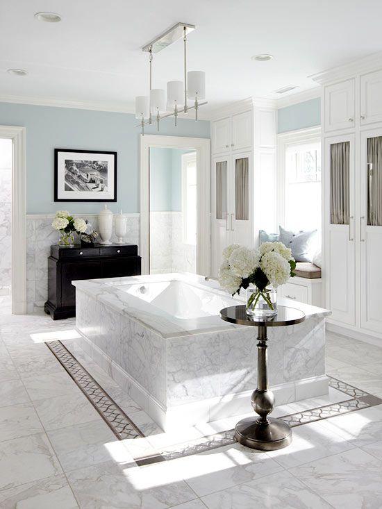 white_bathroom_tiles_with_border_31
