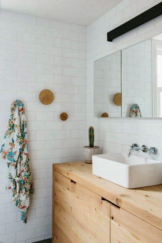 white_bathroom_wall_tile_22