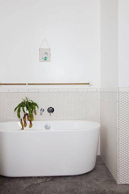 white_bathroom_wall_tile_26