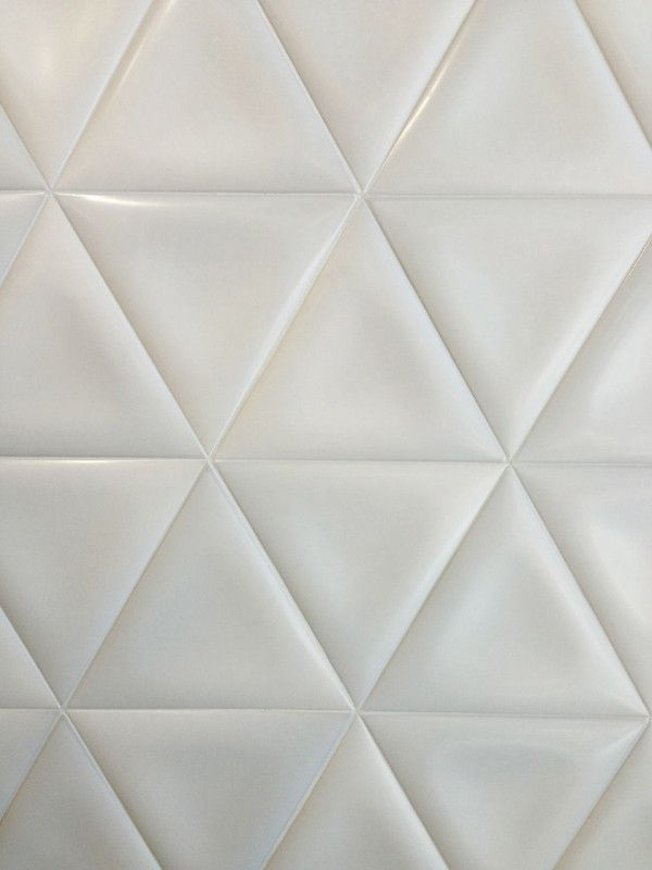 white_ceramic_bathroom_tile_13