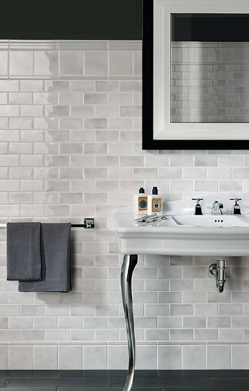 white_ceramic_bathroom_tile_17