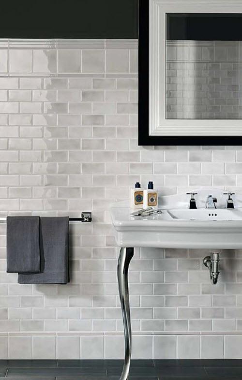 white_ceramic_bathroom_tile_17