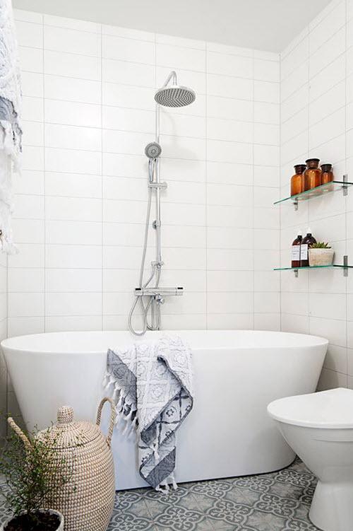 white_ceramic_bathroom_tile_22