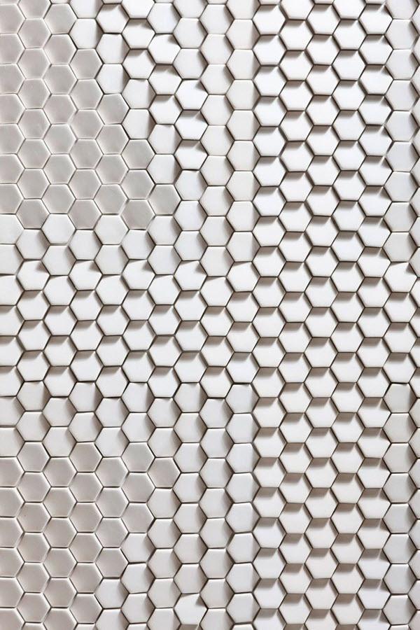 white_ceramic_bathroom_tile_7