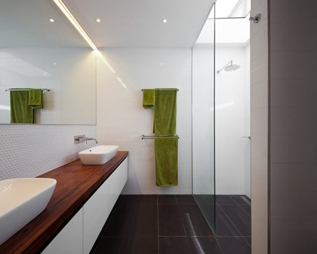 white_glass_bathroom_tile_16