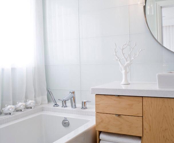 white_glass_bathroom_tile_31