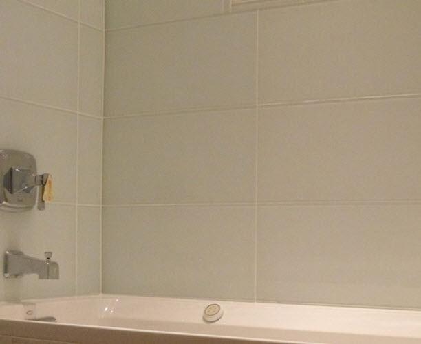 28 white glass tile bathroom best 25 glass tile shower idea