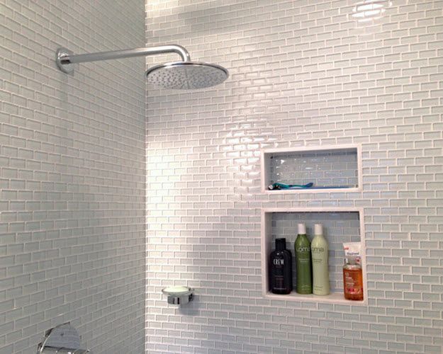 white_glass_bathroom_tile_33