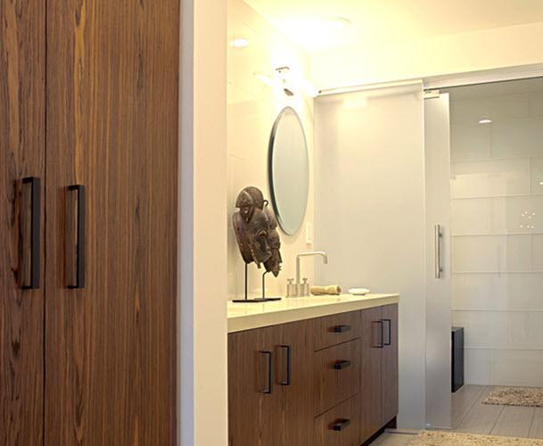 white_glass_bathroom_tile_5
