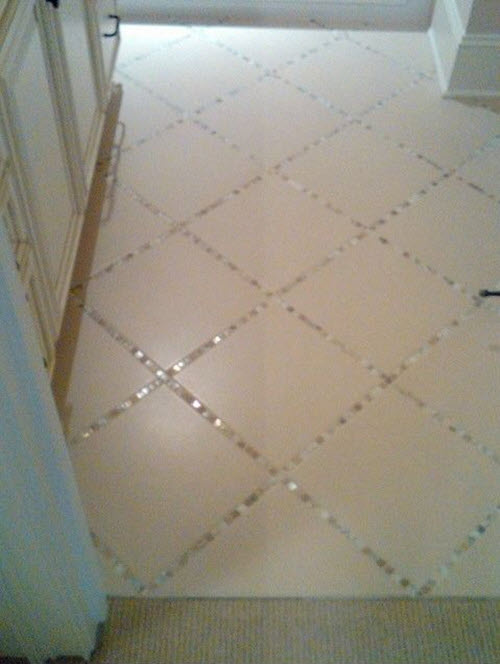 white_glitter_bathroom_floor_tiles_2