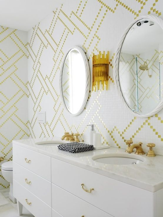 white_glitter_bathroom_tiles_12