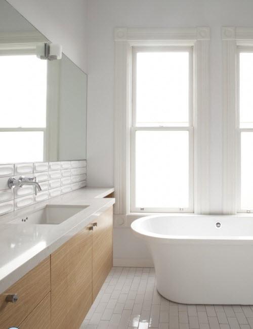 white_gloss_bathroom_floor_tiles_21