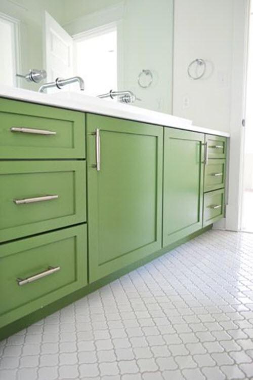 white_gloss_bathroom_floor_tiles_6