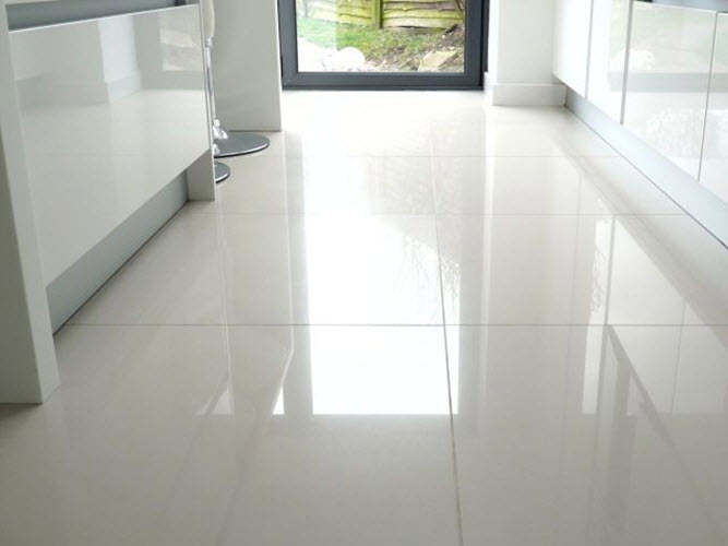 gloss tiles on bathroom floor 29 white gloss bathroom tiles ideas and pictures 23251