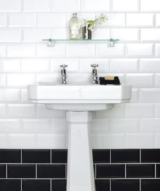 white_gloss_bathroom_tiles_24