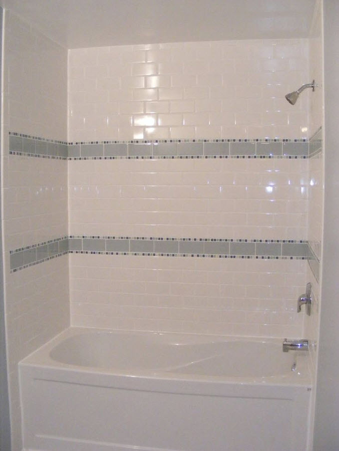 white_gloss_bathroom_tiles_29