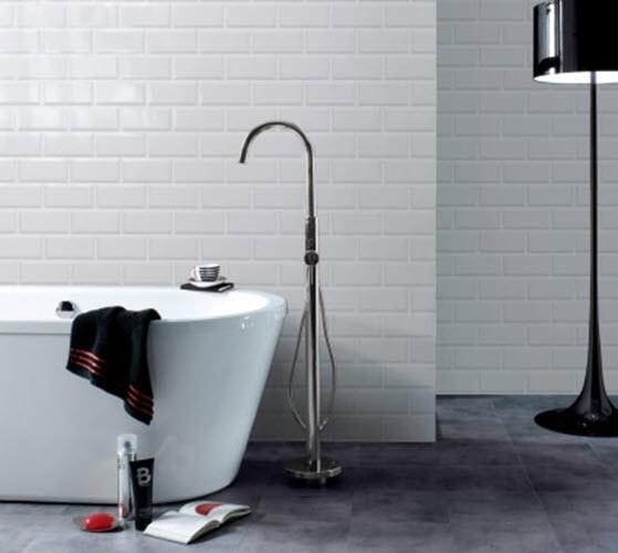 white_gloss_bathroom_tiles_31