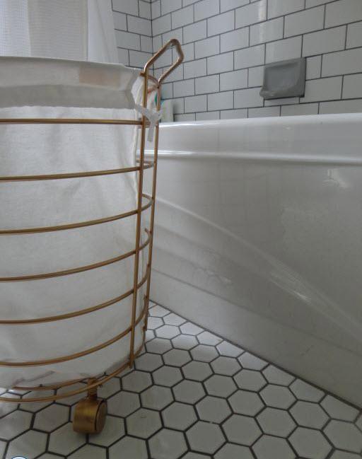 15 Floor Tile Designs For The Foyer: 34 White Hexagon Bathroom Floor Tile Ideas And Pictures