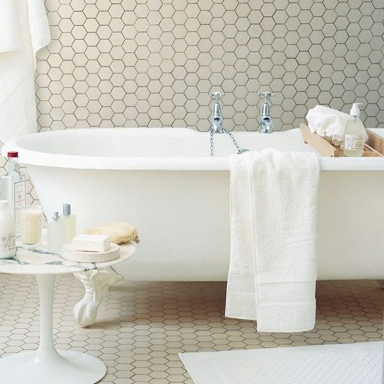 white_hexagon_bathroom_floor_tile_28