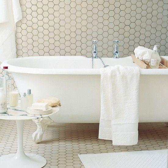 white_hexagon_bathroom_floor_tile_28
