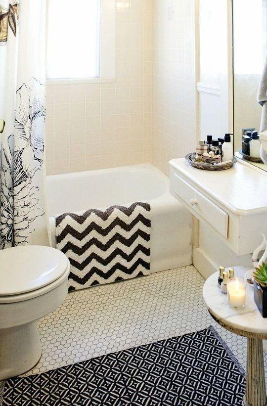 white_hexagon_bathroom_floor_tile_8